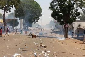 Demonstranten Burkina Faso bestormen parlement