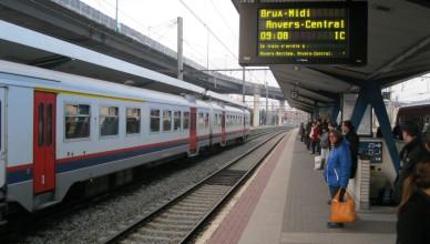 Trein Brussel-Charleroi