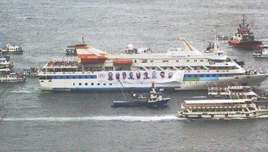 Op 26 december 2010 keerde de Mavi Marmara, met op de boeg de fotot's van de negen slachtoffers, terug in de haven van Istanboel