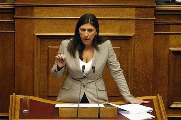 Zoé Konstantopoulou in het Griekse parlement