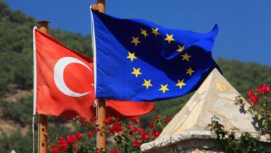 Nederland-Turkije, grote principes of platte verkiezingskoorts?