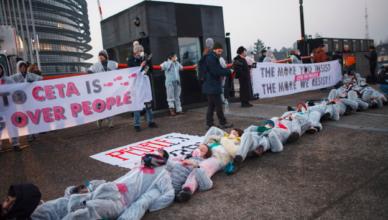 Grote bedrijven voeren lastercampagne tegen anti-TTIP-protest