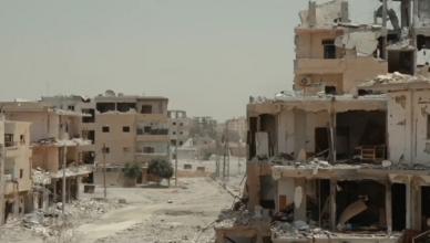 De stad Raqqa is grotendeels verwoest