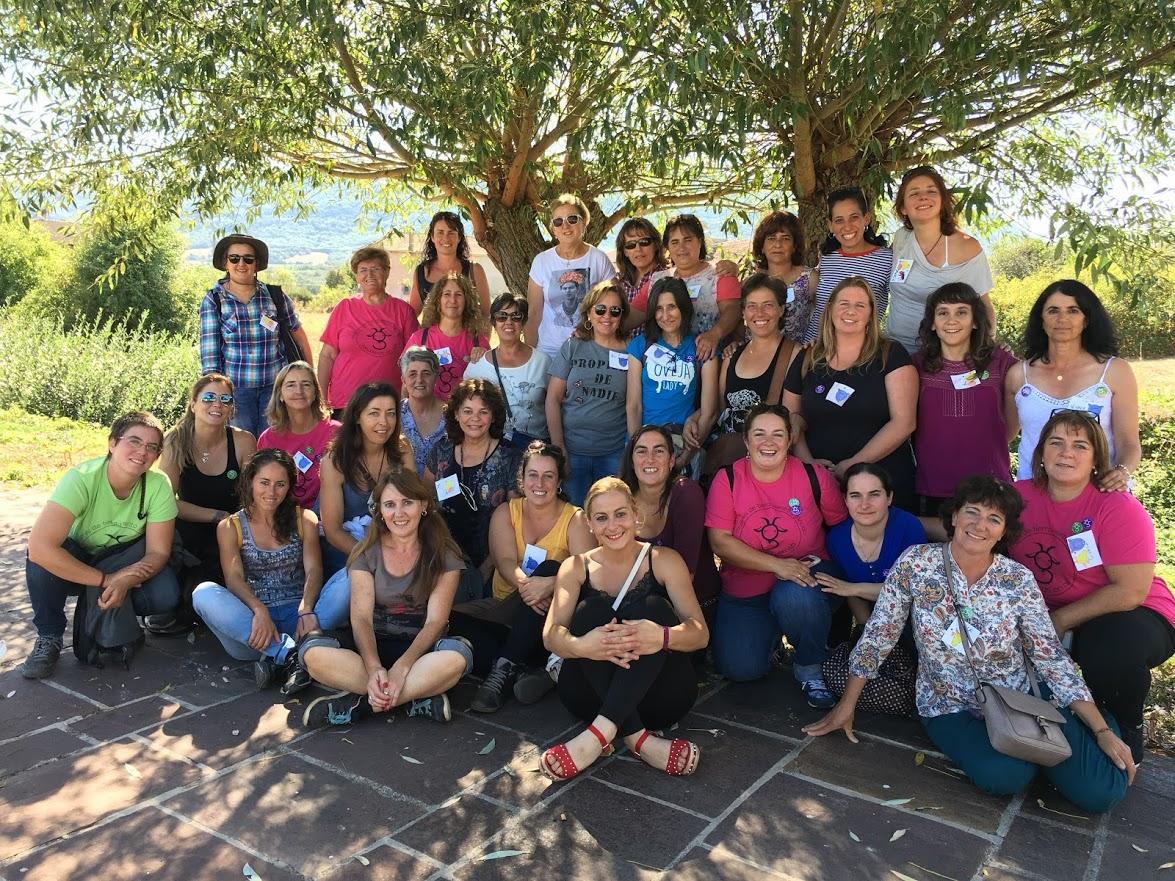 Samen op de foto, tijdens de bijeenkomst van 21-23 september in Reinosa, Cantabria. Lisa staat derde rechts op de middenrij