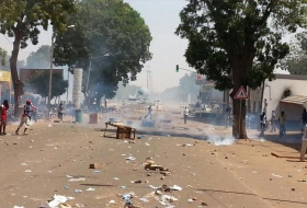 Demonstranten Burkina Faso bestormen parlement